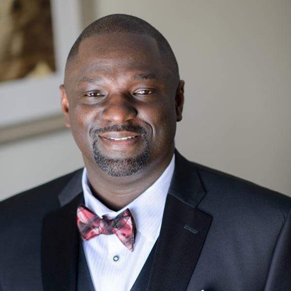 Angelo Ekow Akyeampong